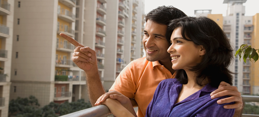 millennial-couple-home-buyers-keyimage